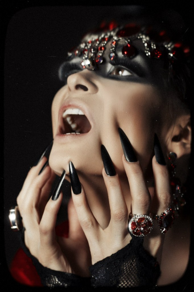 Passion | passion, huge nails, masked girl