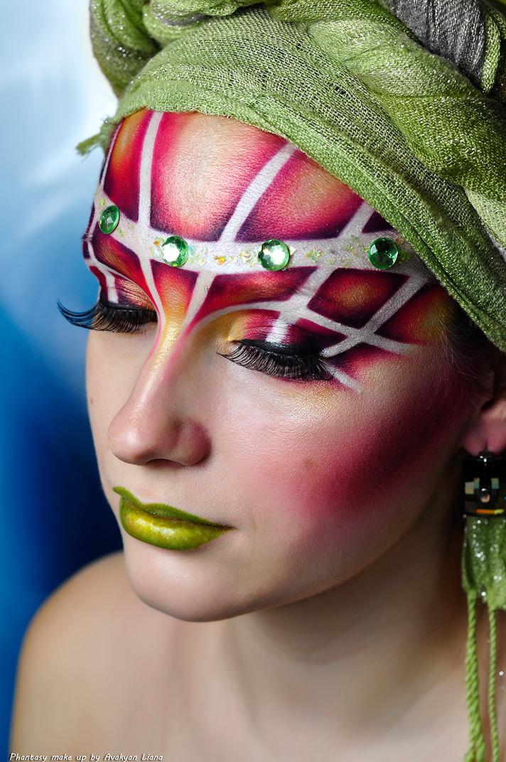 Body art   bady art, green lipstick, glamour