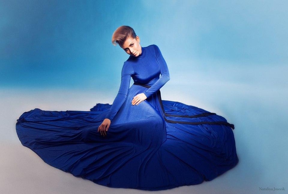 Beautiful blue dress   blue dress, beutiful girl, glamour, blue light