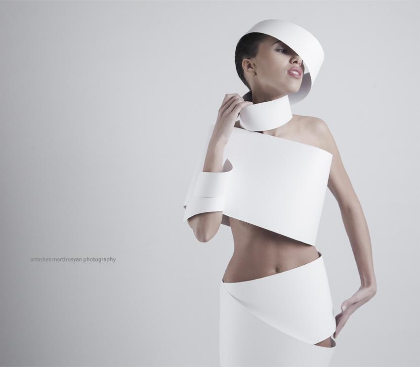 Paper dress | paper dress, white, bizarre photo shoot