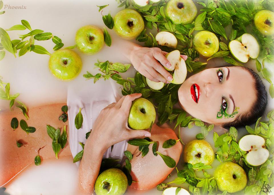 Girl in apples | apples, wet girl, naked, milky water