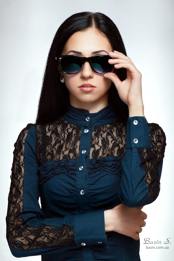 Let me see you closer | sunglasses, blue gown, light skin