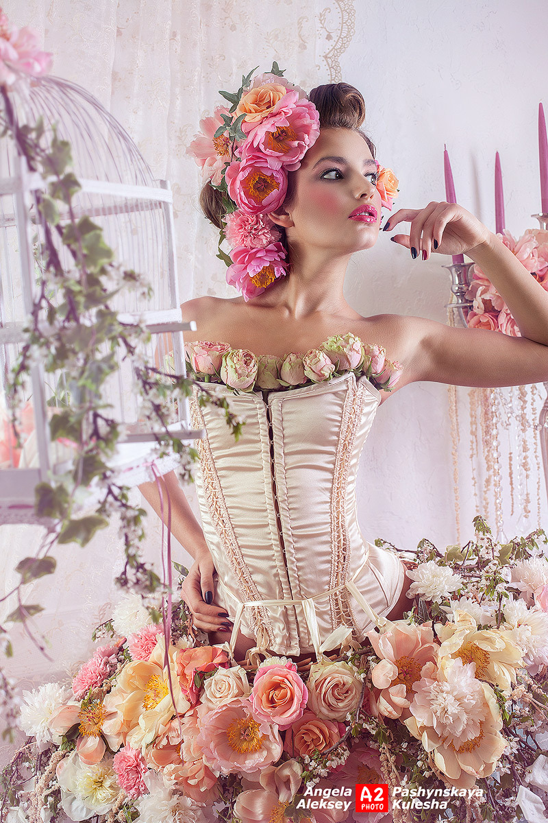 Dress made of real flowers | flowers, gown made of real flowers, candle, birdcage