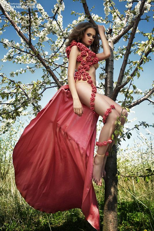 Girl and blossomed tree | glamour, model, girl, make-up, hair-do, dress, tree, blossomed, garden, spring