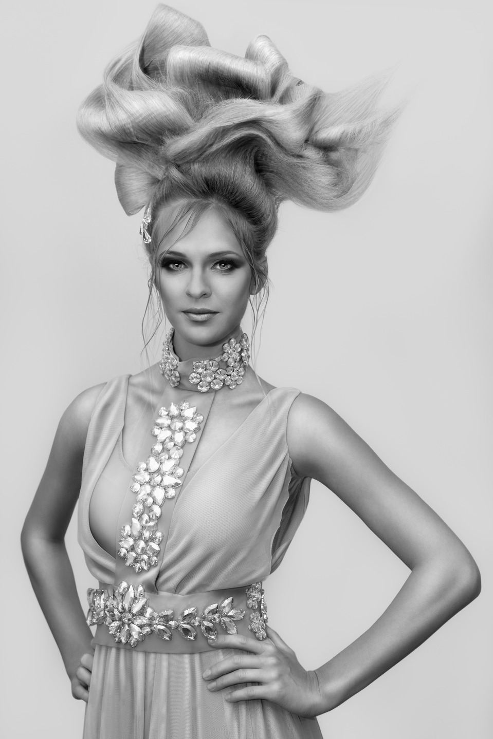 Huge hairdo | black & white, hairdo, strange woman, photoshoot, beautiful dress