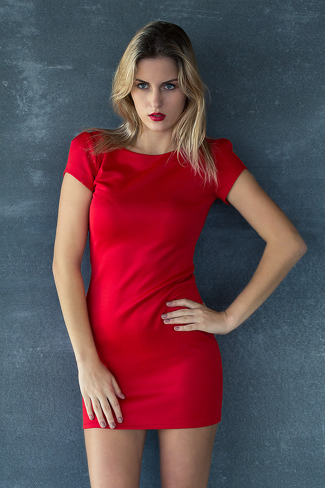 Gorgeous in red dress | gorgeous, female model, red dress, blond