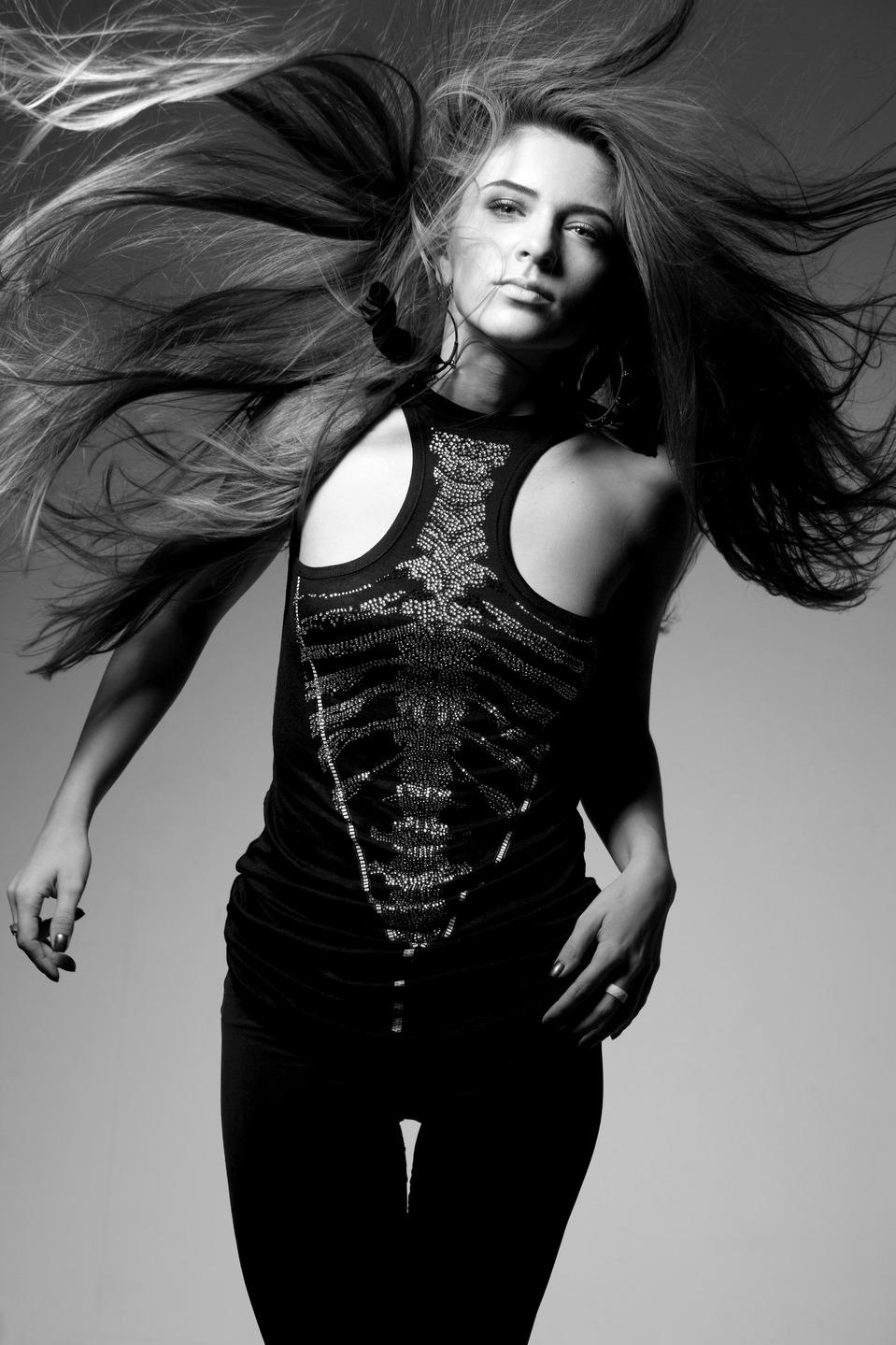 Female madol   female model, girl, black & white, long hair