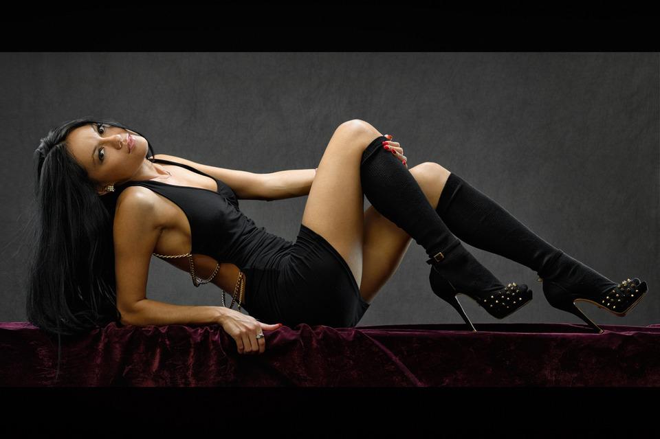 Minimal black dress   little black dress, sexy girl, table, high-heeled shoes