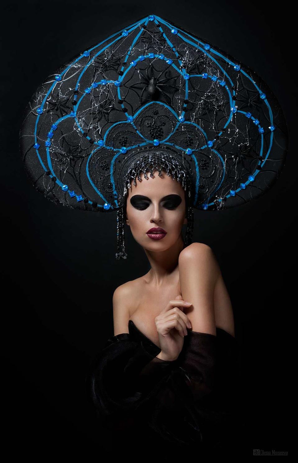 woman-black widow in a kokoshnik | model , woman, black, make-up , kokoshnik, black widow, spider, pattern, beads, shoulders