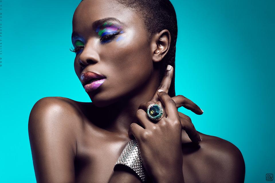 Dark skinned girl photoshoot | photoshoot, girl, ring, fat lips