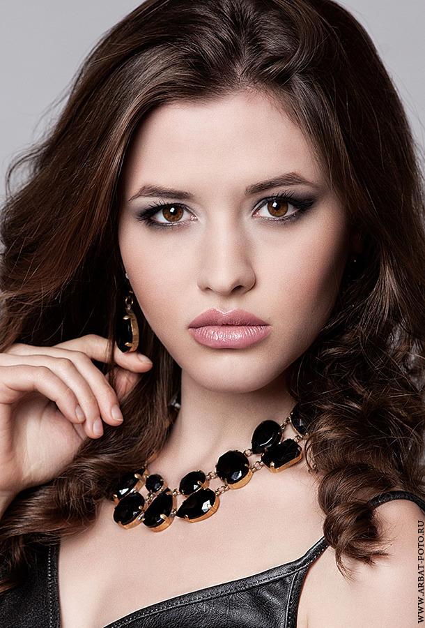 Chestnut | chestnut, necklace, little black dress, brown eyes