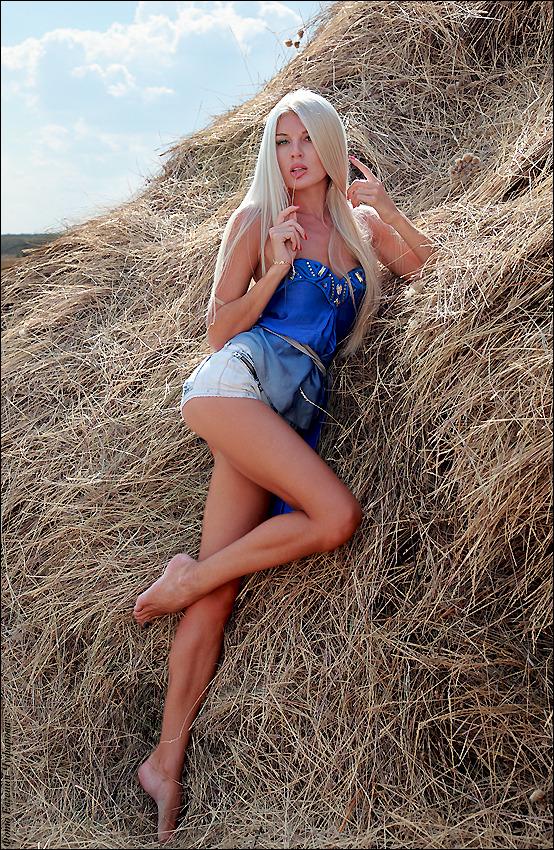 Village girl in hay | village girl , hay, sexy, blond, shorts